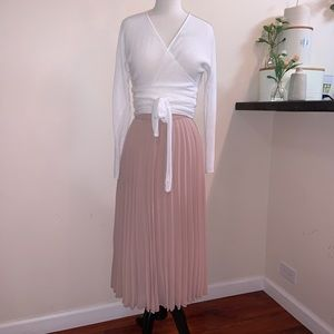 NWOT ASOS Pleated Midi Skirt, Size 8, in Mauve